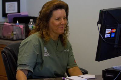 picture of Old York Veterinary receptionist Kelly